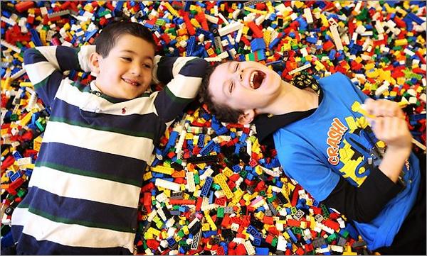 Lavinamieji žaidimai su lego konstruktoriumi (4-7 metų vaikams)