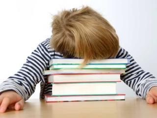 Ką daryti, jei vaikas pamiršta ko išmokęs?