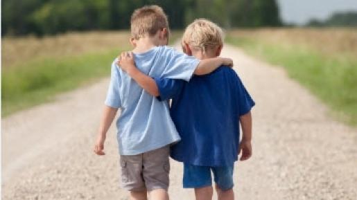 Mokome autistišką vaiką bendrauti